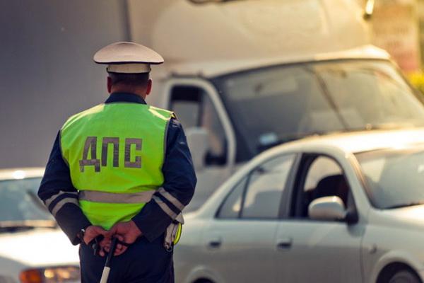 Какие штрафы предусмотрены за езду без прав после лишения
