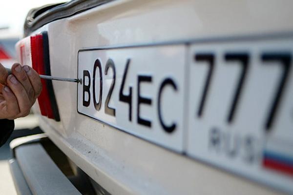 Необходима ли замена полиса ОСАГО при замене водительского удостоверения