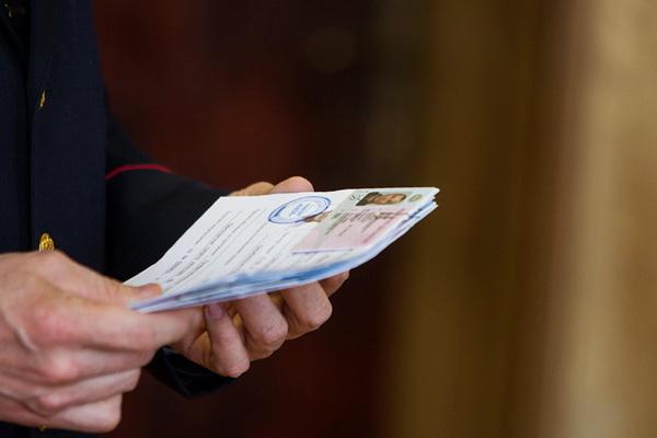 Возможно ли лишение водительского удостоверения за неуплату алиментов