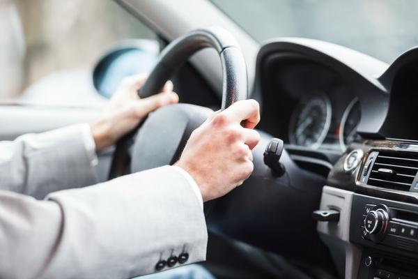Как правильно составить ходатайство о не лишении водительских прав