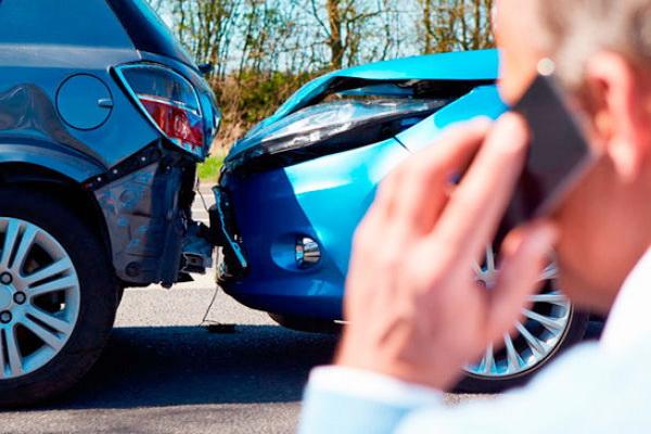 Куда звонить при ДТП – что делать водителю если есть пострадавшие?