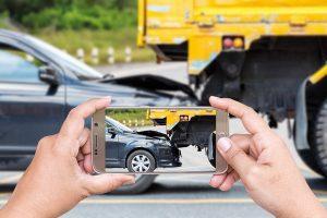 Авария во дворе  это ДТП или нет – что делать куда звонить и кого вызывать?