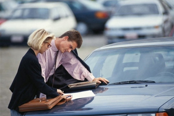 Покупка автомобиля по доверенности – в случае ДТП могут быть проблемы?