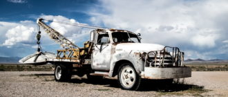 Старый грузовой автомобиль